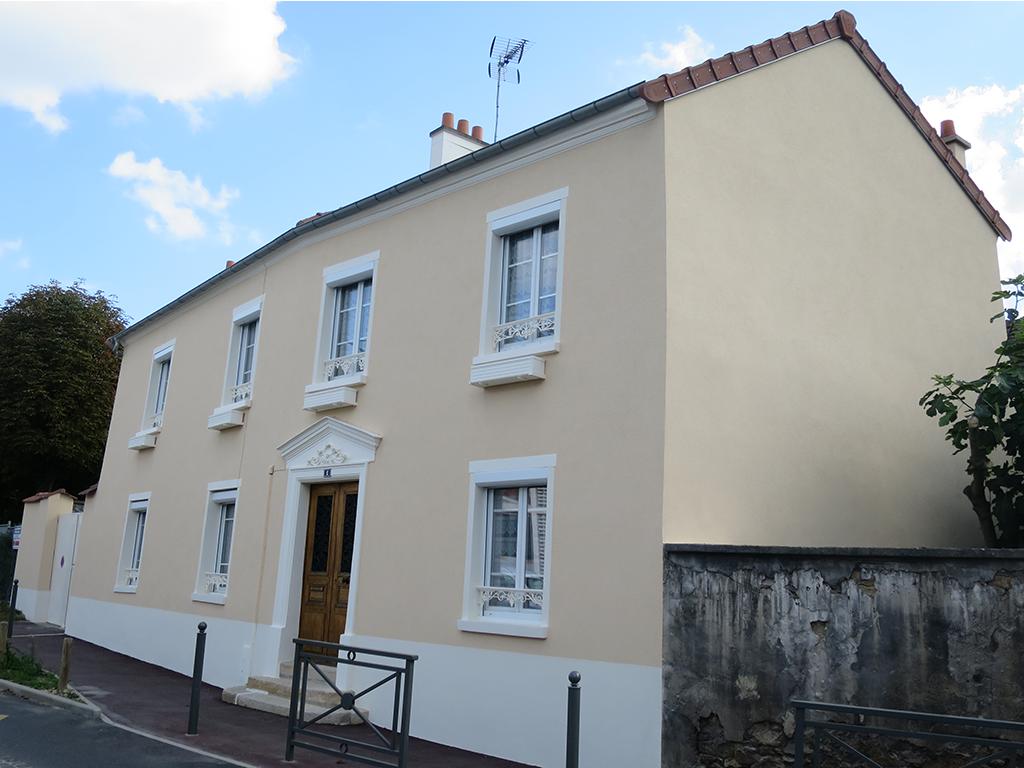 Repeindre facade maison enduisage et peinture de votre - Repeindre sa maison ...